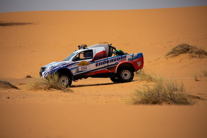 Buggy /UTV in desert rally